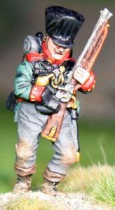 Jäger primeing his rifle