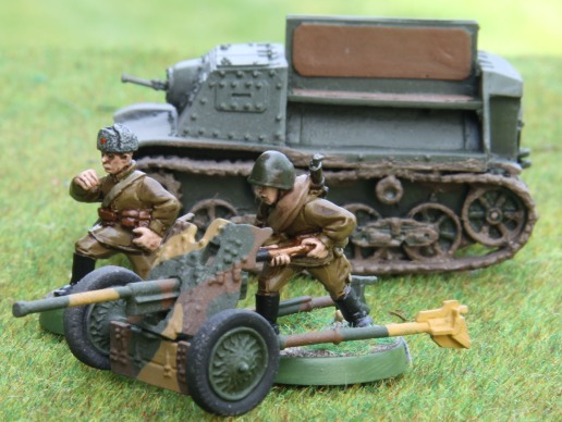 M1937 45mm AT gun with Komsomolets tractor