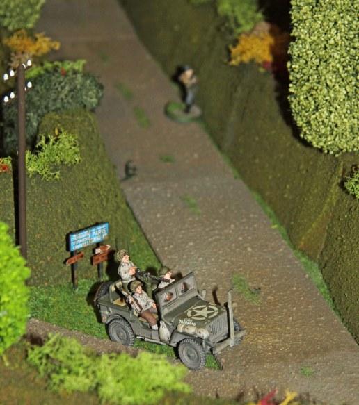 Achtung... Panzerfaust