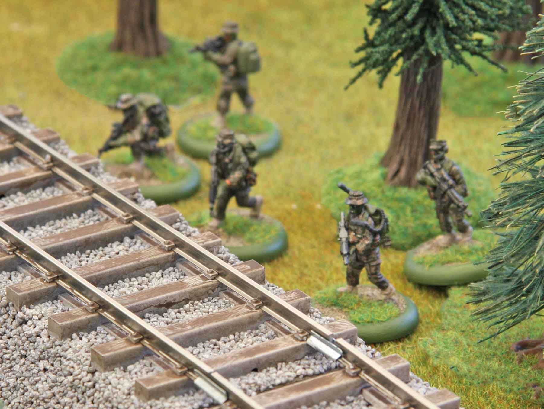 USMC advance on the right flank