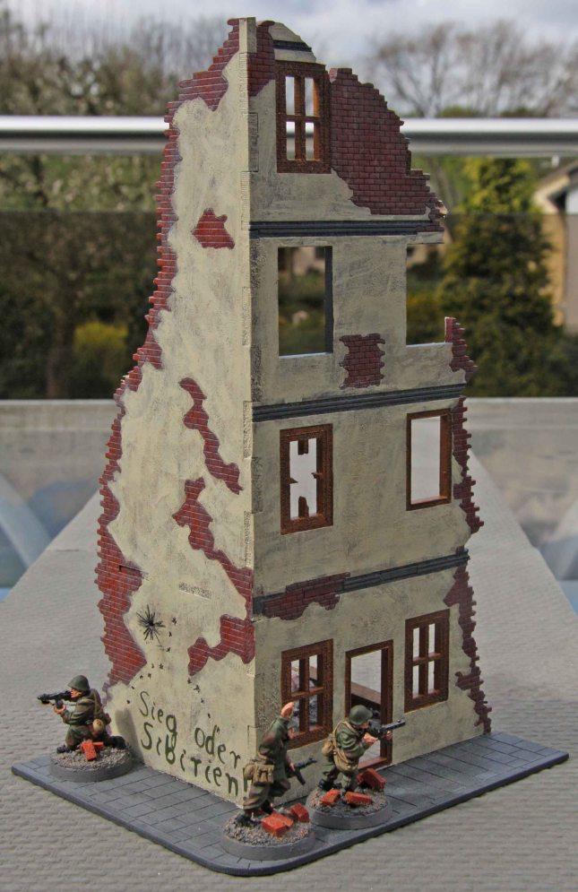Corner ruin 1 (outside)