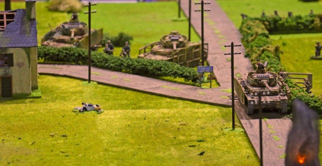 Crisis 2014 - Panzer in defensive positions