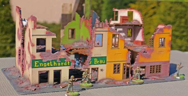 1st complete Berlin ruins city block