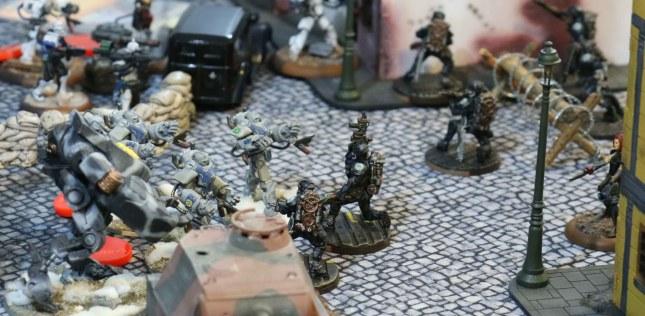 Black Berets struggling with a Vulkan