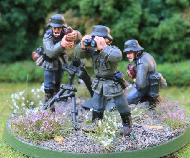 8cm mortar team